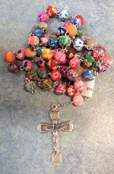 Rosary beads colour patterned